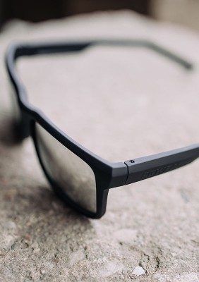 SS21 Okulary NO FACE-NO CASE II SILVER